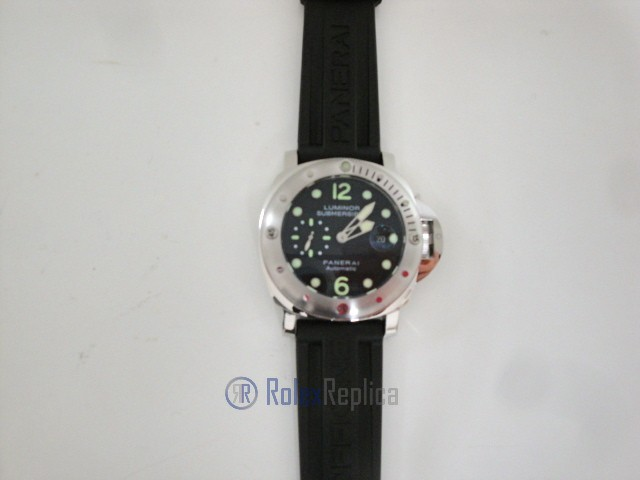 Panerai replica luminor submersible 1950 laureus awards may 2004 imitazione