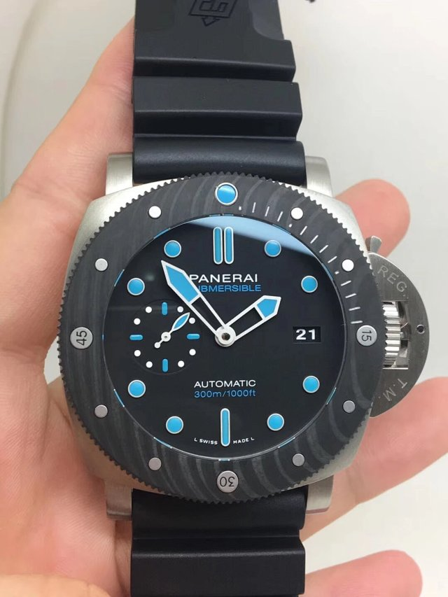 PANERAI REPLICA PAM 799 CARBOTECH SUBMERSIBLE TITANIUM WATCH WITH SUPER CLONE P.9010