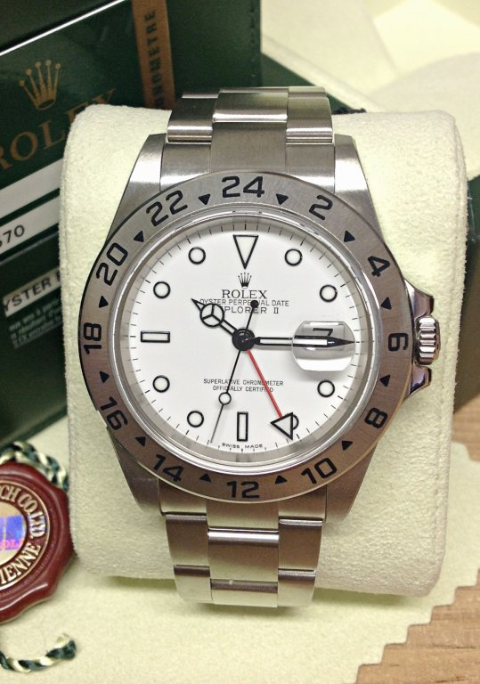 Rolex replica explorer II classic 16570 40mm white dial